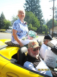 Ton & Sharon Crocker were the Grand Marshalls leading the parade!!